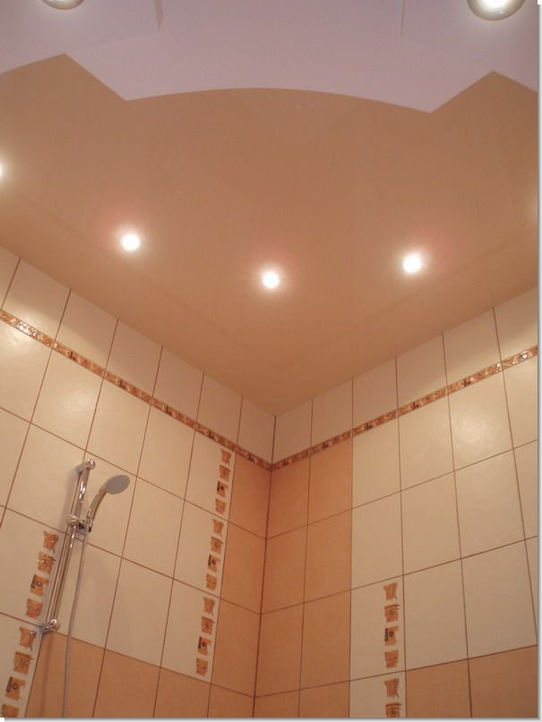 потолок ванная комната фото